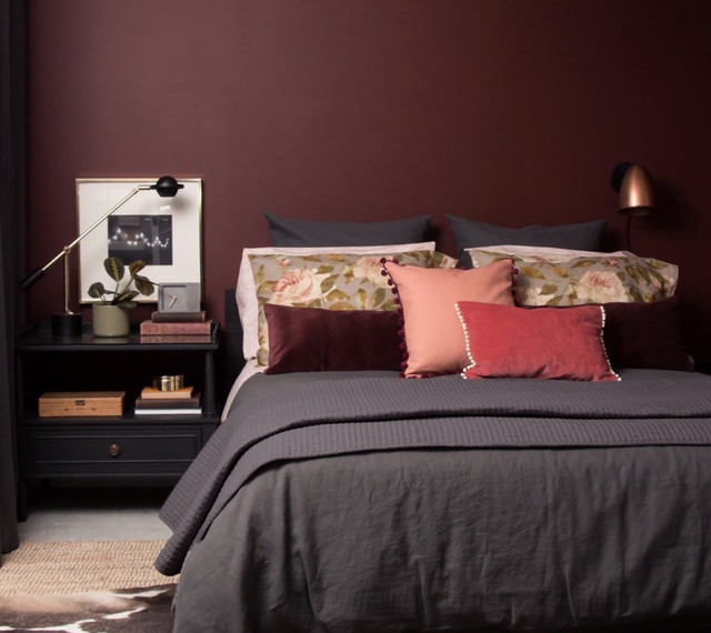 oxblood-red-bedroom