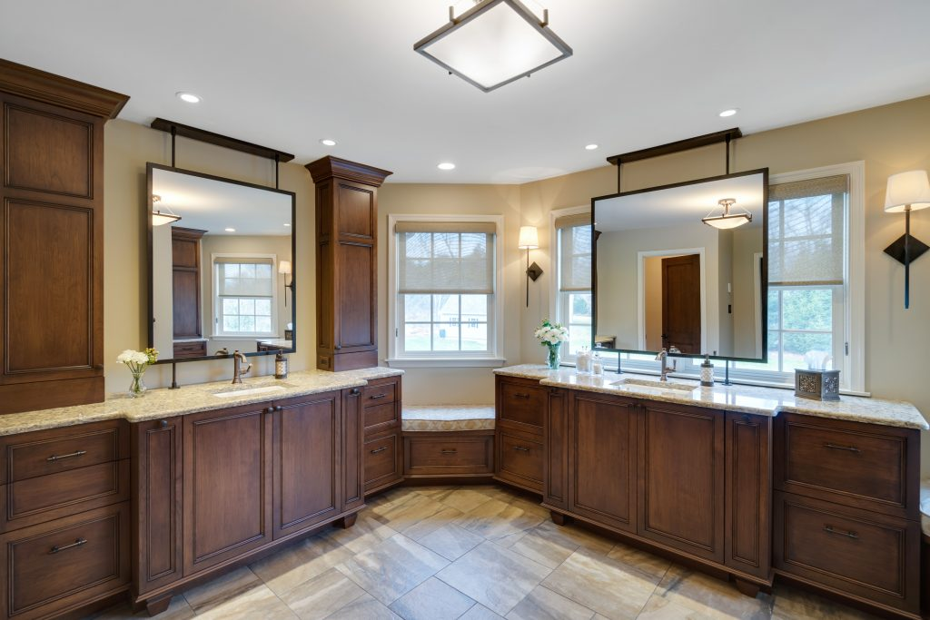 Bathroom Finishes Dark Woods - Oil Rubbed Bronze